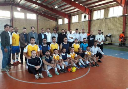 قهرمانی تیم ایستگاه ۲۴ شهید ورسجی در مسابقات فوتسال آتشنشانان کرج