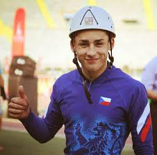 ۱۰۰ متر عملیاتی ورزشی دانیل کلاونا از جمهوری چک