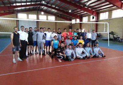 پایان رقابتهای والیبال آتشنشانان کرج با معرفی تیمهای برتر